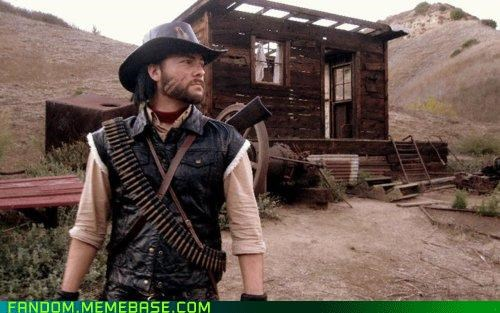 cosplay of John Marsten of Red Dead Redemption man in cowboy hat and a scar on his face