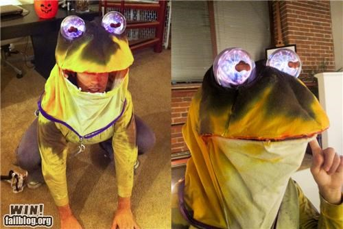cartoons costume futurama halloween hypno toad nerdgasm