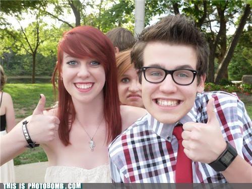 Good Times homecoming homecoming killer teens thumbs up - 5371574528