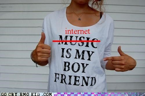 boyfriend hipsterlulz internet Music sisters T.Shirt - 5382455040