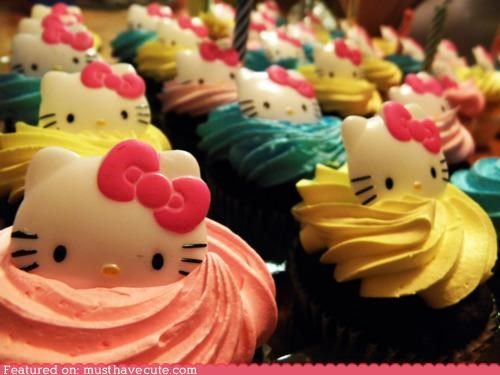 cupcakes epicute frosting hello kitty plastic - 5389322496