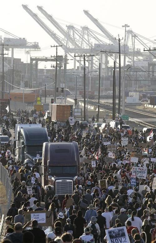 General Strike,Occupy Everywhere,Occupy Oakland,Occupy Wall Street,Port of Oakland Shutdown,The 99 Percent