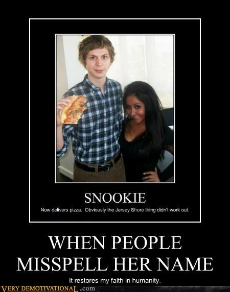 hilarious,michael cera,misspell,name,snooki