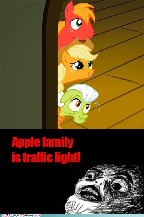 Apple Family green ponies realization red traffic light yellow - 5434730752