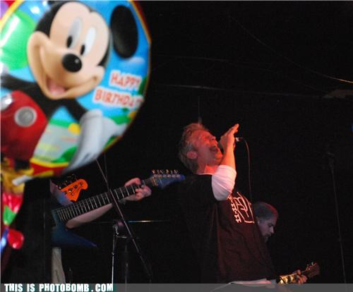 awesome balloon concert disney mickey singing - 5435023360