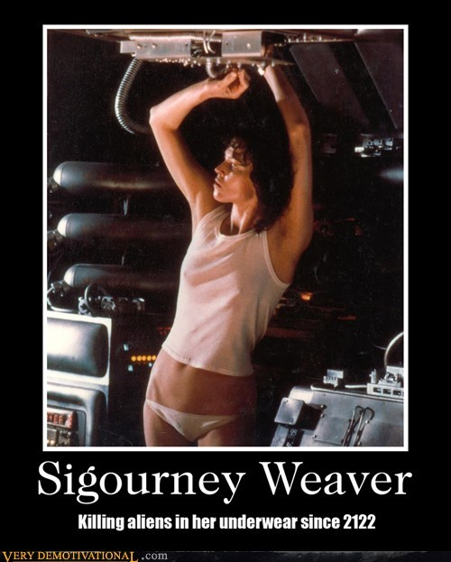 alien,hilarious,Sexy Ladies,sigourney weaver,undies