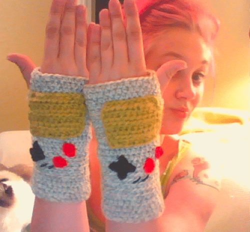 crafts,DIY,Fan Art,fingerless gloves,game boy,gloves