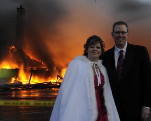 Disaster Couple wedding photo - 5440413952