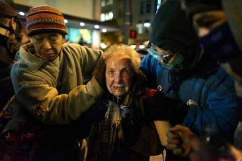 Dorli Rainey Instantly Iconic Photo Occupy Everywhere occupy seattle What Democracy Looks Like - 5442498304