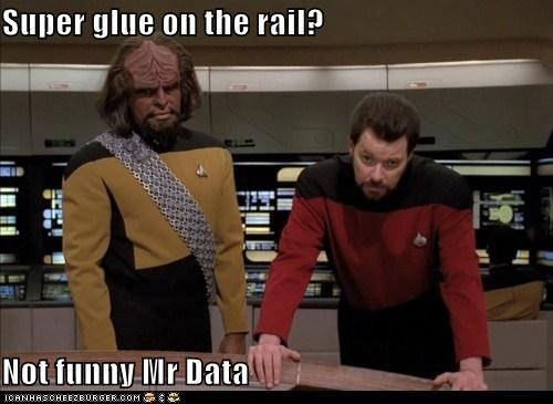 data Jonathan Frakes Michael Dorn Riker Star Trek super glue Worf