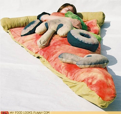 best of the week,Pillow,pizza,sleeping bag,veggies
