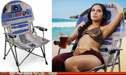 beach chairs,folding chair,Princess Leia,r2d2,star wars,summer,these are not the droids