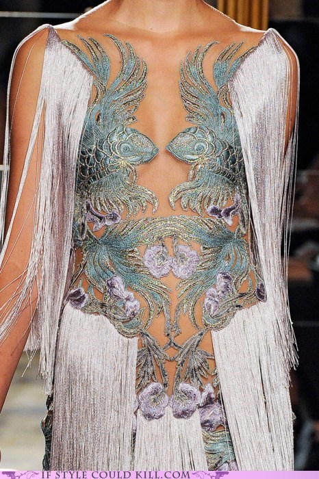 cool accessories,marchesa,runway