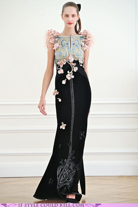 alexis mabille,cool accessories,flowers,runway