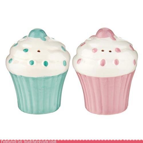 ceramic cupcake salt and pepper shakers table