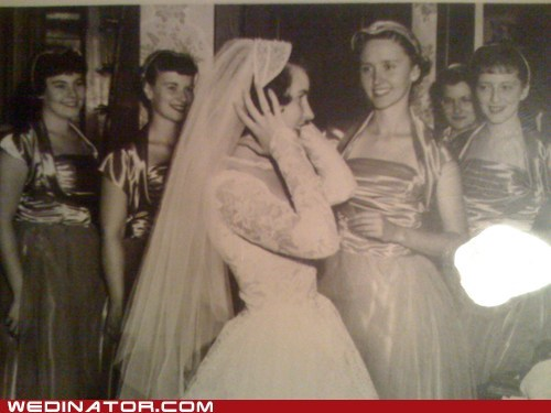 bride,bridesmaids,funny wedding photos,retro,vintage
