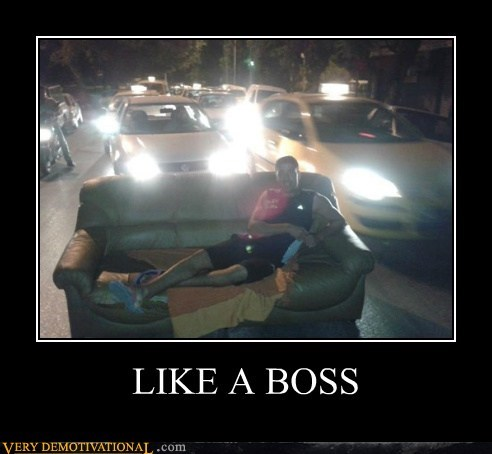 cars,couch,hilarious,Like a Boss,traffic