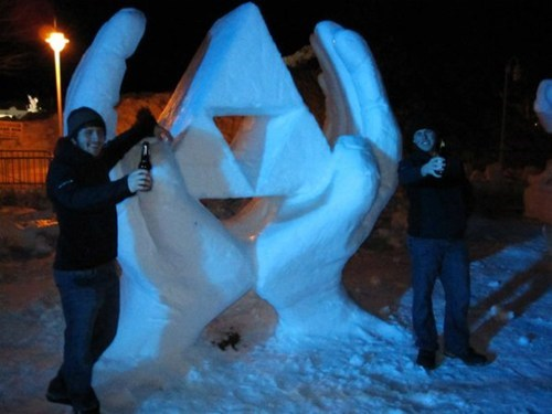 sculpture,snow,snow triforce,triforce,video games,zelda