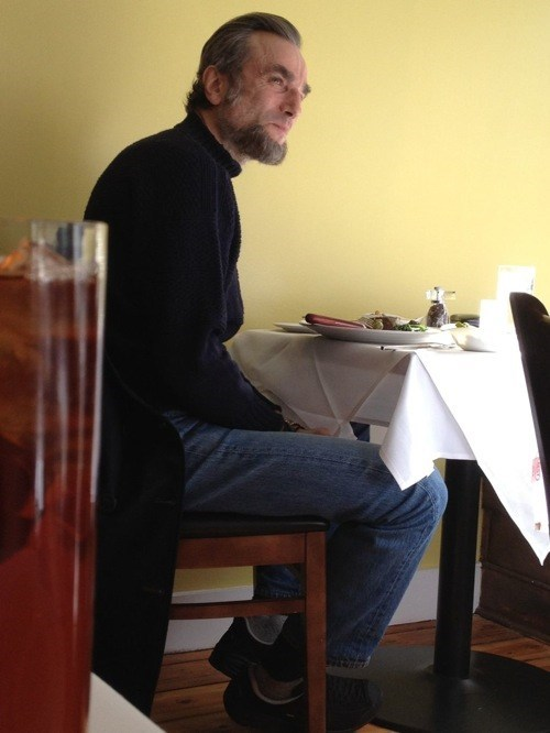 Celebrity Sighting daniel day-lewis I Free Your Milkslaves lincoln - 5501807104