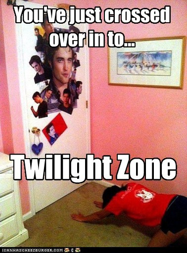 creepy,fans,robert pattinson,The Twilight Zone,twilight,worship