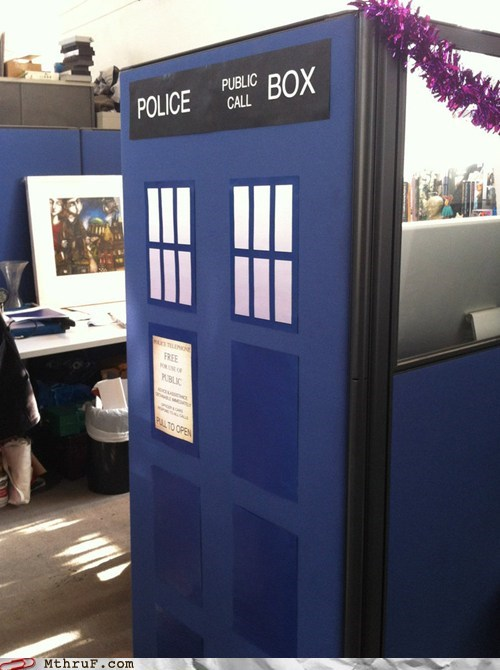 doctor who,police box,tardis,tardis cubicle
