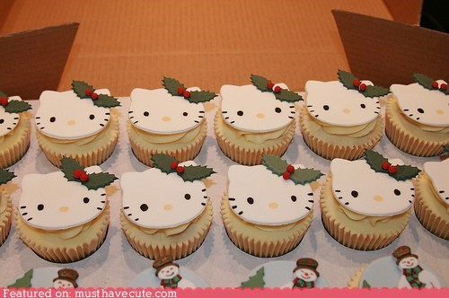 christmas,cupcakes,epicute,fondant,hello kitty,holly