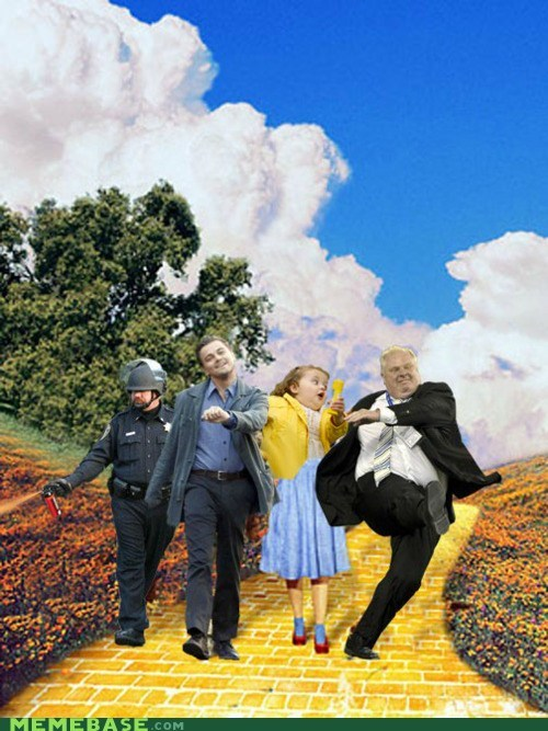 bubbles,Dorothy,pepper spray,Pepper Spray Cop,wizard of oz,yellow