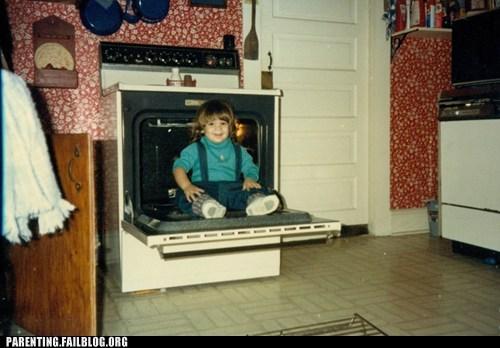 cooking dangerous food kitchen oven Parenting Fail retro toddler vintage - 5526403584