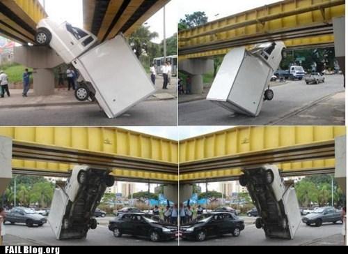 bridge cars crash whoops - 5529399040