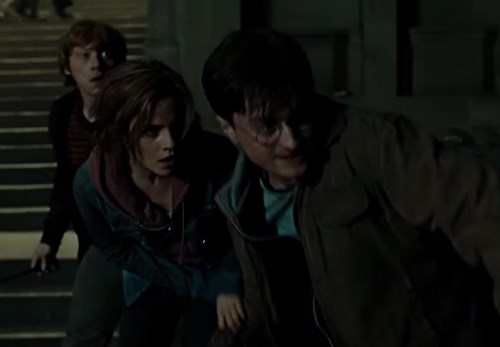 harry potter easter egg fan notices detail about scene that repeats the 4 first movies