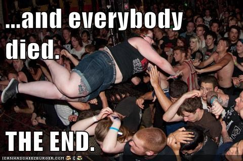 crowd surfing everybody The End weird kid - 5529891584