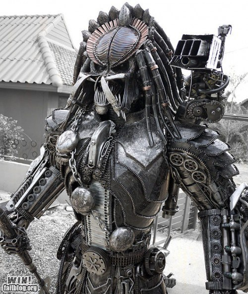 nerdgasm,pop culture,Predator,sci fi,scrap metal,sculpture