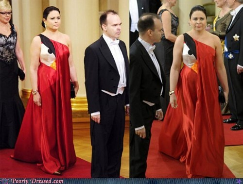 angry birds Hall of Fame red bird red carpet red dress