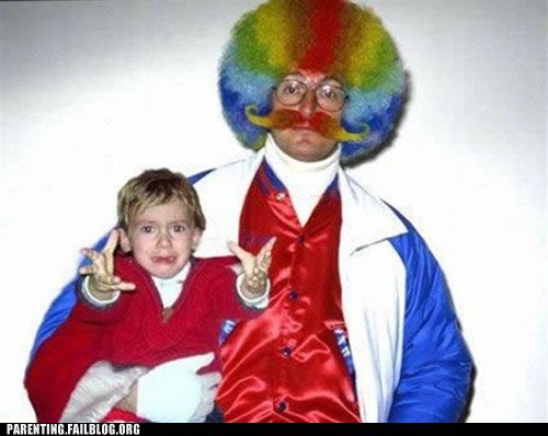 clown,costume,creepy,crying,Parenting Fail,scared,toddler