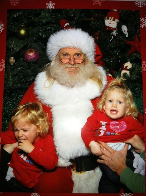 baby brother crying mall santa scared siblings sister - 5537635840