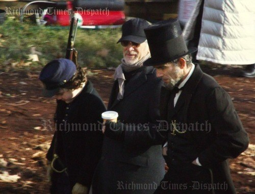 daniel day-lewis lincoln Set Pic steven spielberg - 5563550720