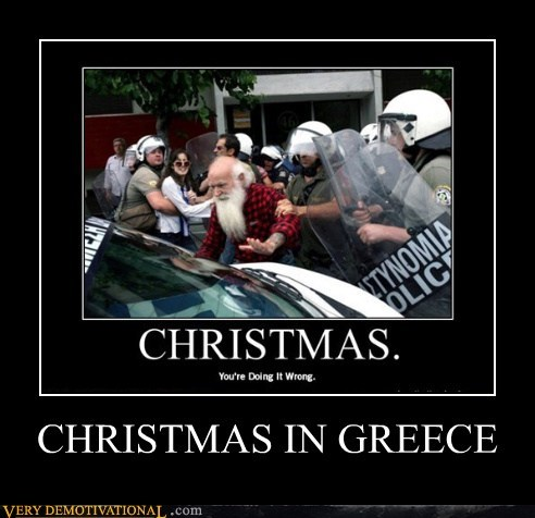 christmas greece hilarious santa wtf - 5564805376