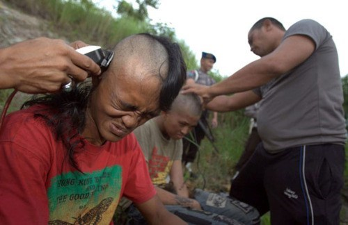 Aceh All Kinds Of Wrong indonesia punks-dying