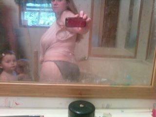 baby bathroom do not want mirror pic mother Parenting Fail self poortrait - 5568957184