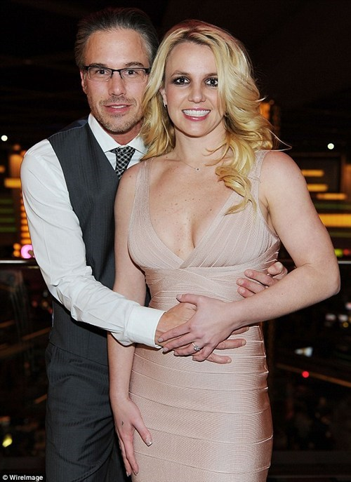 britney spears,celeb,engagement,jason trawick,ring
