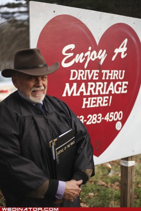 drive through marriage,funny wedding photos,justice of the peace