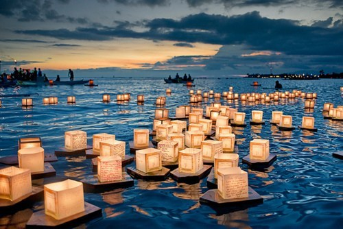 dusk,getaways,Hall of Fame,Hawaii,lantern festival,lanterns,memorial say,ocean
