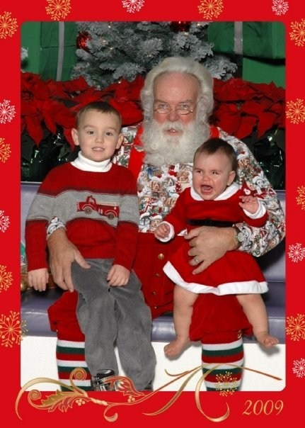 angry,baby,crying,mall,santa,scary,siblings