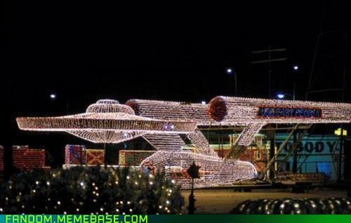 christmas lights,enterprise,It Came From the Interwebz,Star Trek,winter