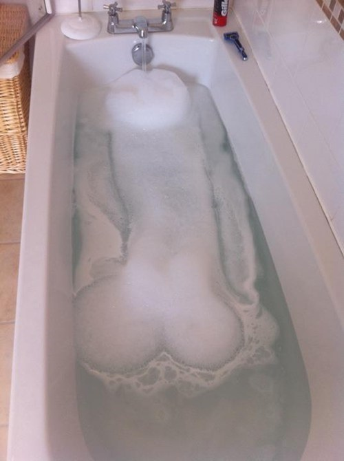 bath time,bubble bath,looks like a p33n,p33n,so relaxing