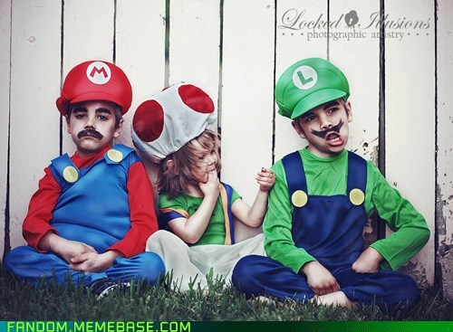 cosplay cute kids Super Mario bros video games - 5609895424