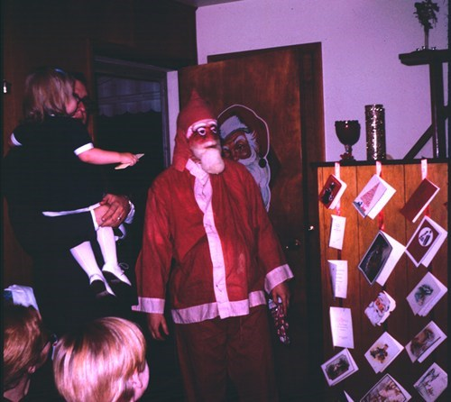 creepy,mask,oh god why,retro,santa