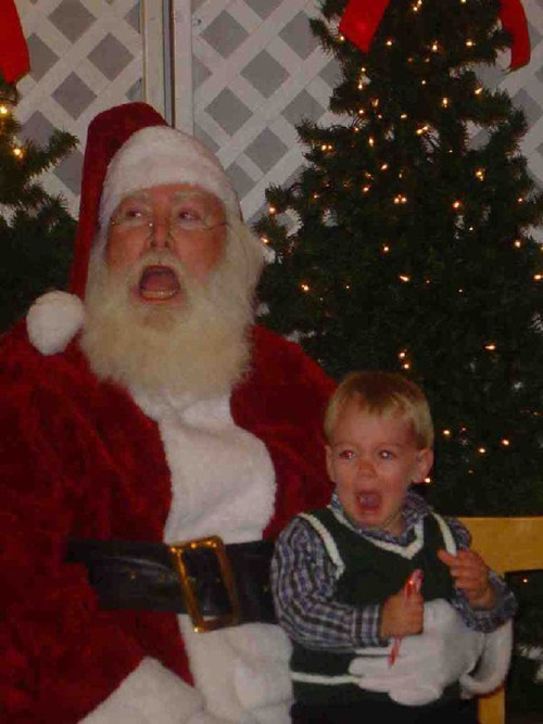 mall,santa,scared,screaming,unison,yelling
