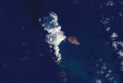 Brand New Island,mother nature,Red Sea Rift