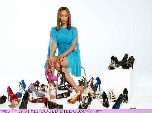 cool accessories saturday night tyra Tyra Banks - 5626952192